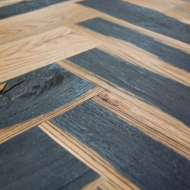 Pioneer Millworks reclaimed wood--Mixed Oak 50/50--Black & Tan--Herringbone